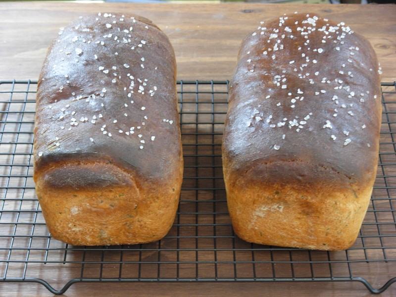 herb bread 004